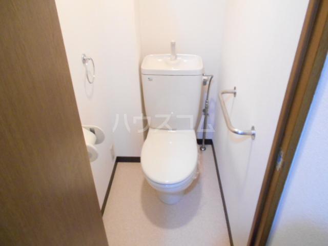 グランビュー嵐山 403号室のトイレ