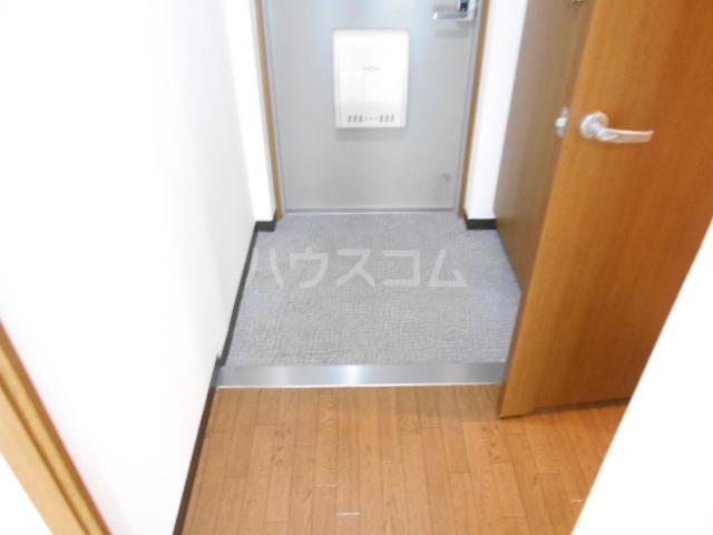 グランビュー嵐山 403号室の玄関