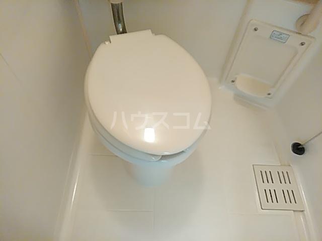 ラポール 105号室のトイレ