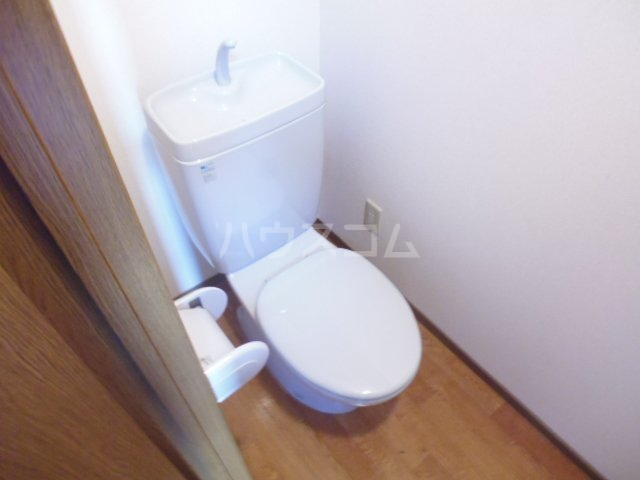 第6田原ハイム 405号室のトイレ