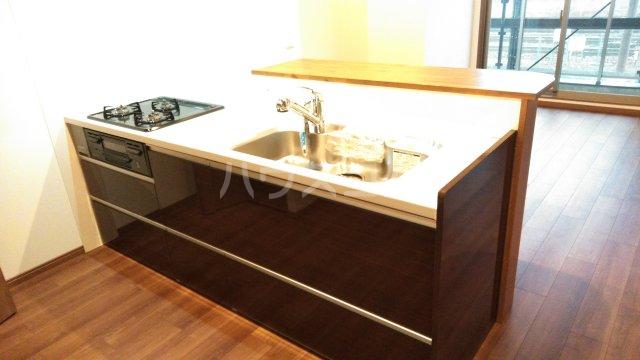 グランレブリー桂川グレイスレジデンス 206号室のキッチン