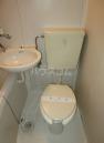 ローリエハイム 0102号室のトイレ
