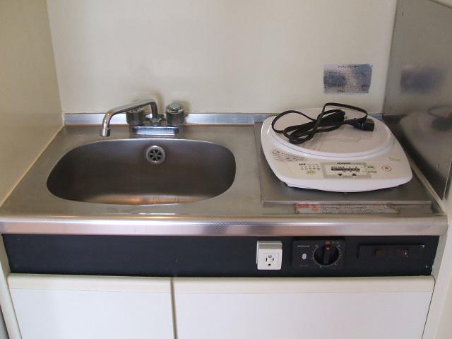 クリアネオ和泉府中 102号室のキッチン