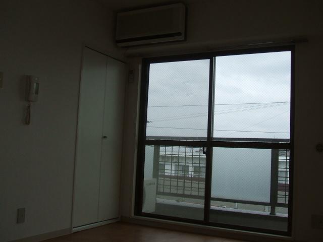 クリアネオ和泉府中 102号室の景色