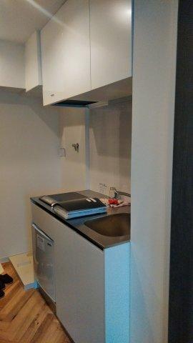 レナジア和泉府中 402号室のキッチン