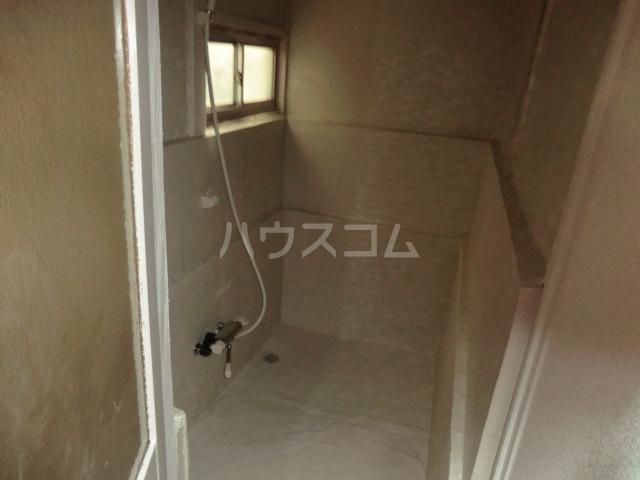 レモンイエロー 2-102号室の風呂