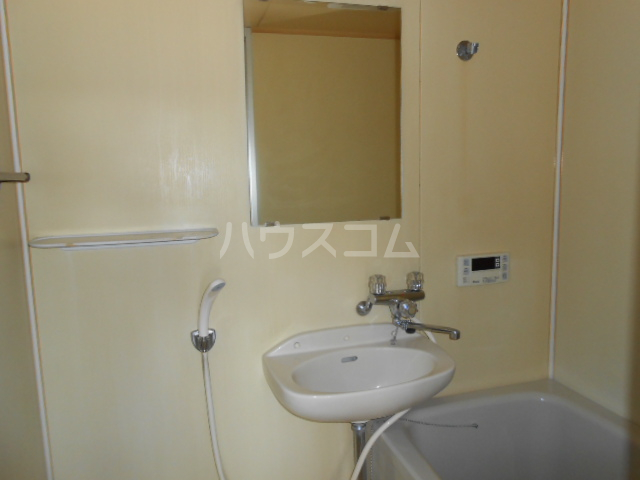 サニーヒル 101号室の洗面所