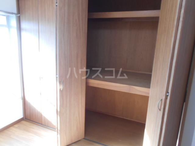 名瀬マンション 203号室の収納