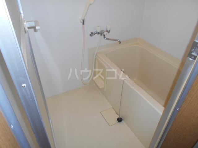 名瀬マンション 203号室の風呂