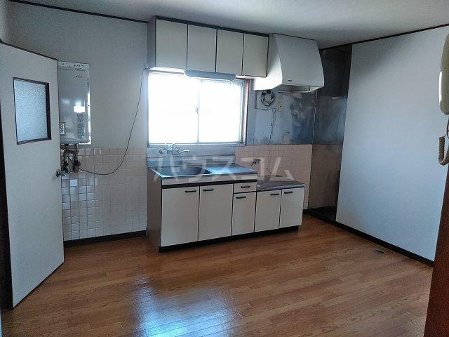 平和マンション 4A号室のキッチン