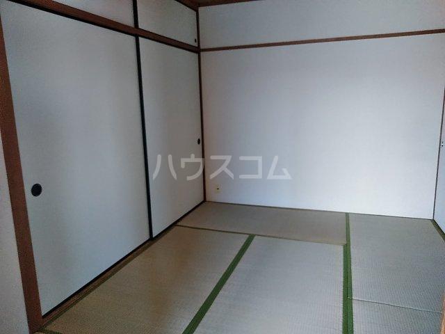 平和マンション 4A号室の居室