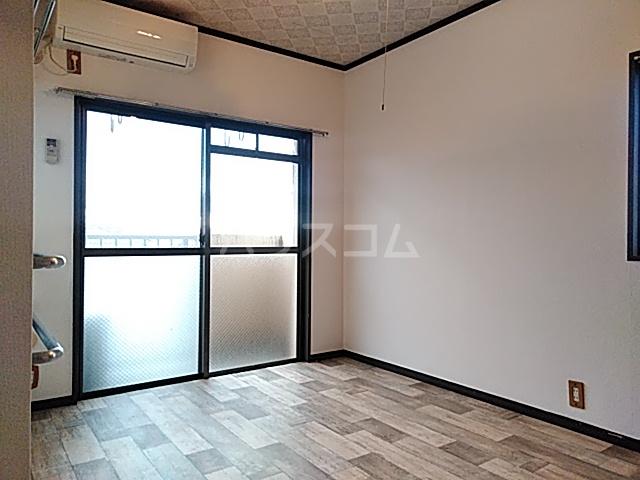 大豊マンション 305号室のリビング