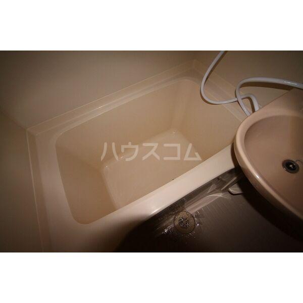 Livex前田 104号室の風呂