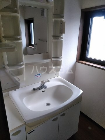 ファティリティ稲沢 2号棟 241号室の洗面所