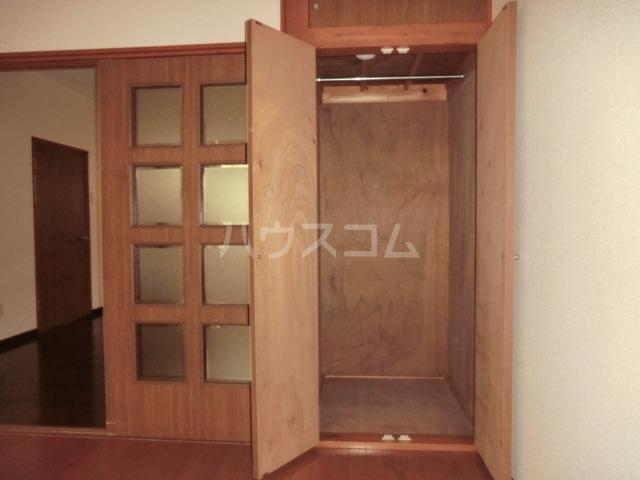伊藤ハイム 202号室の収納