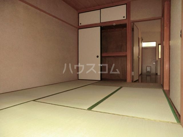 伊藤ハイム 202号室のベッドルーム
