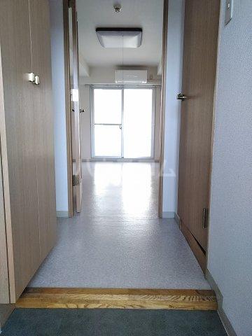 桜フラッツ 204号室の玄関