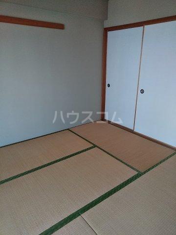 桜フラッツ 204号室の居室
