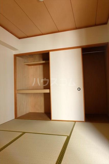 桜フラッツ 402号室の居室