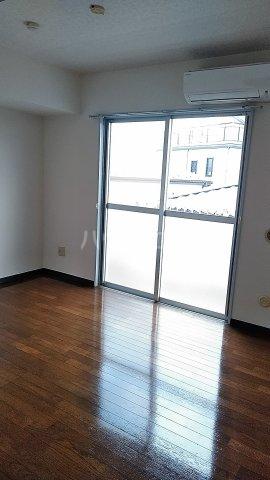 ボナールハナブサ 306号室の居室