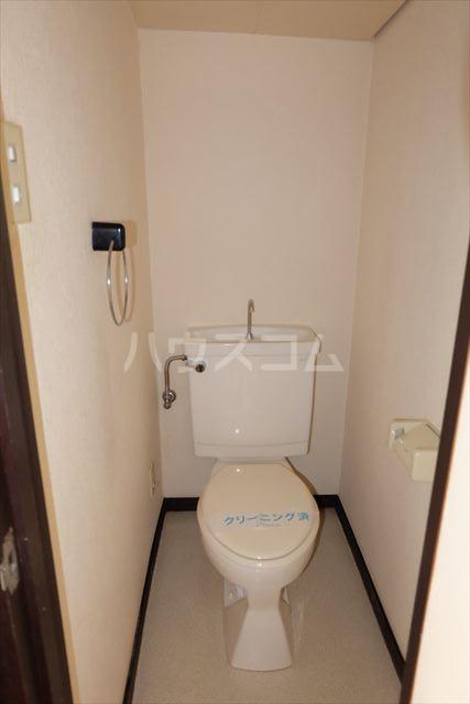 第2ミリオンパーク 203号室のトイレ