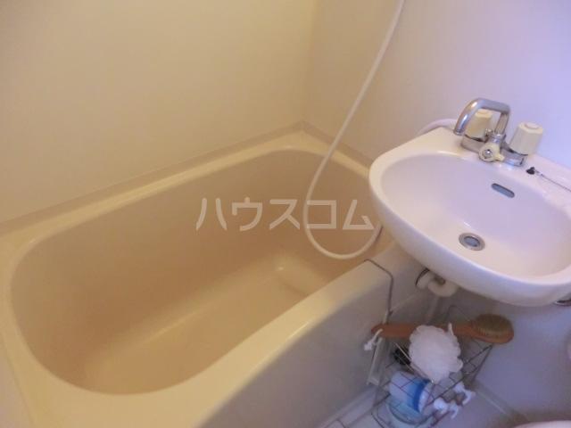 カーサ武蔵 107号室の風呂