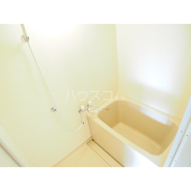 渋正第2ハイツ 302号室の風呂