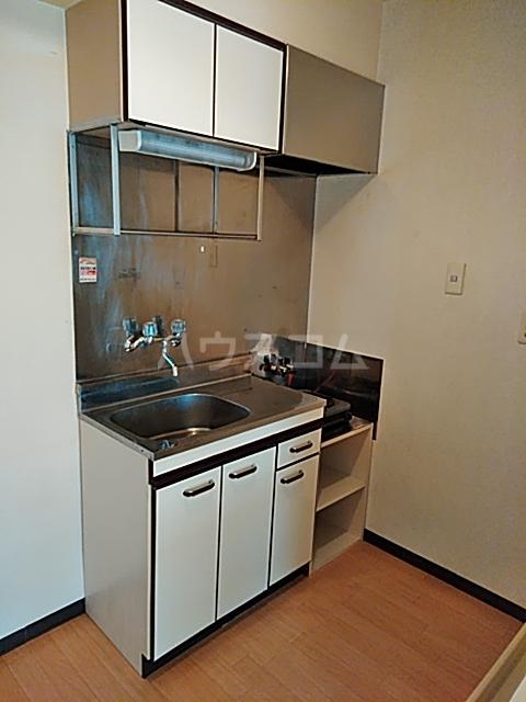 東マンションⅡ 5-A号室のキッチン