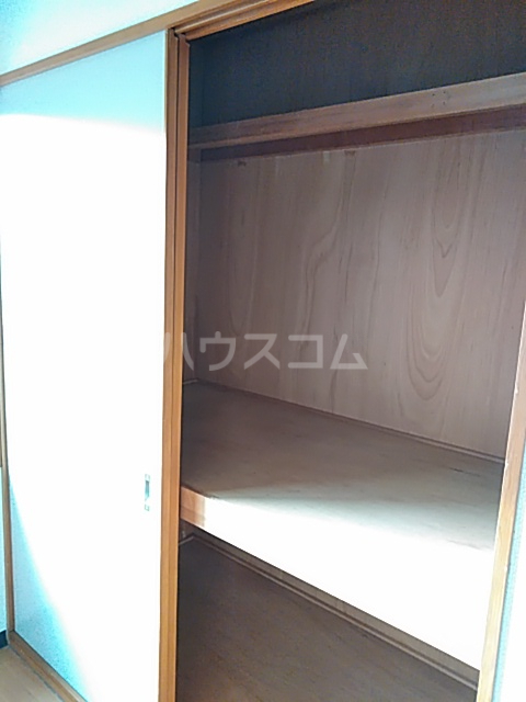 東マンションⅡ 5-A号室の収納