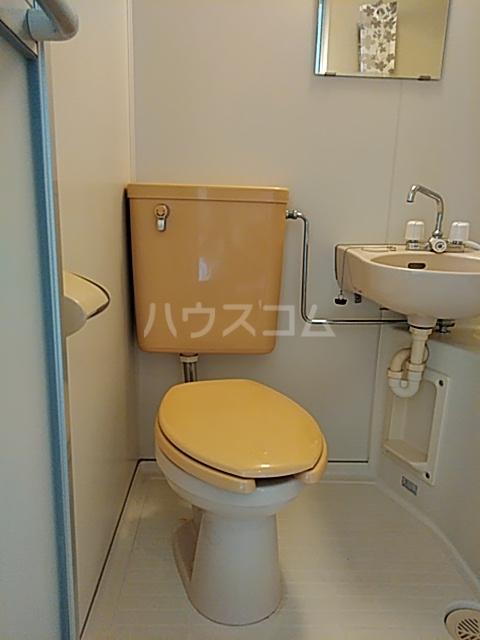 ユトリロ曙 1-D号室のトイレ