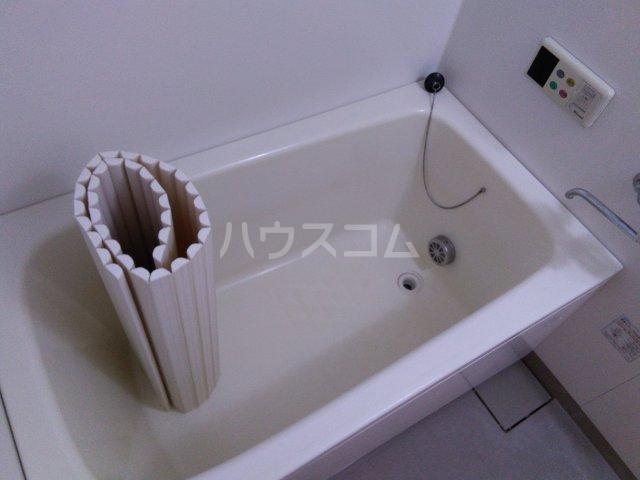 リベルテONE 103号室の風呂