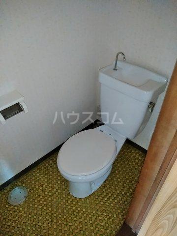 ハイツ明和 A 402号室のトイレ