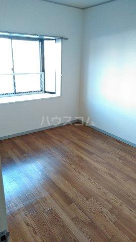 エクシード36 107号室の居室