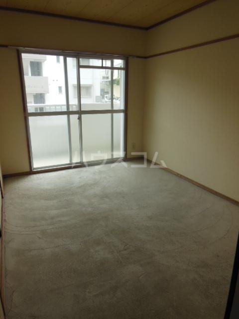 サンアイコート A 101号室の居室