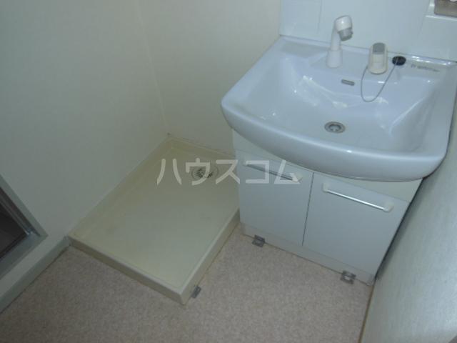 サンアイコート A 101号室の洗面所