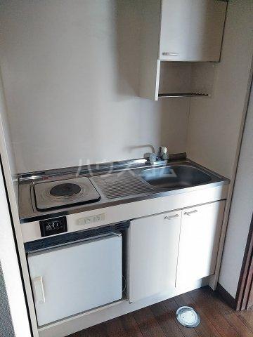 セザンヌ高師 A 106号室のキッチン