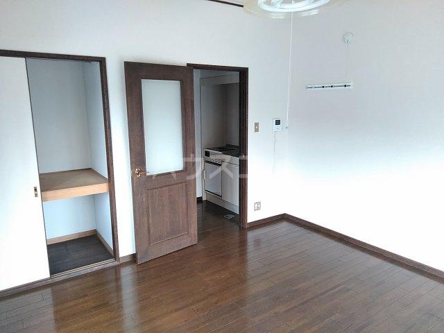 セザンヌ高師 A 106号室のベッドルーム
