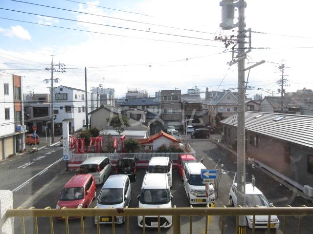 富田ハイツ 202号室の景色