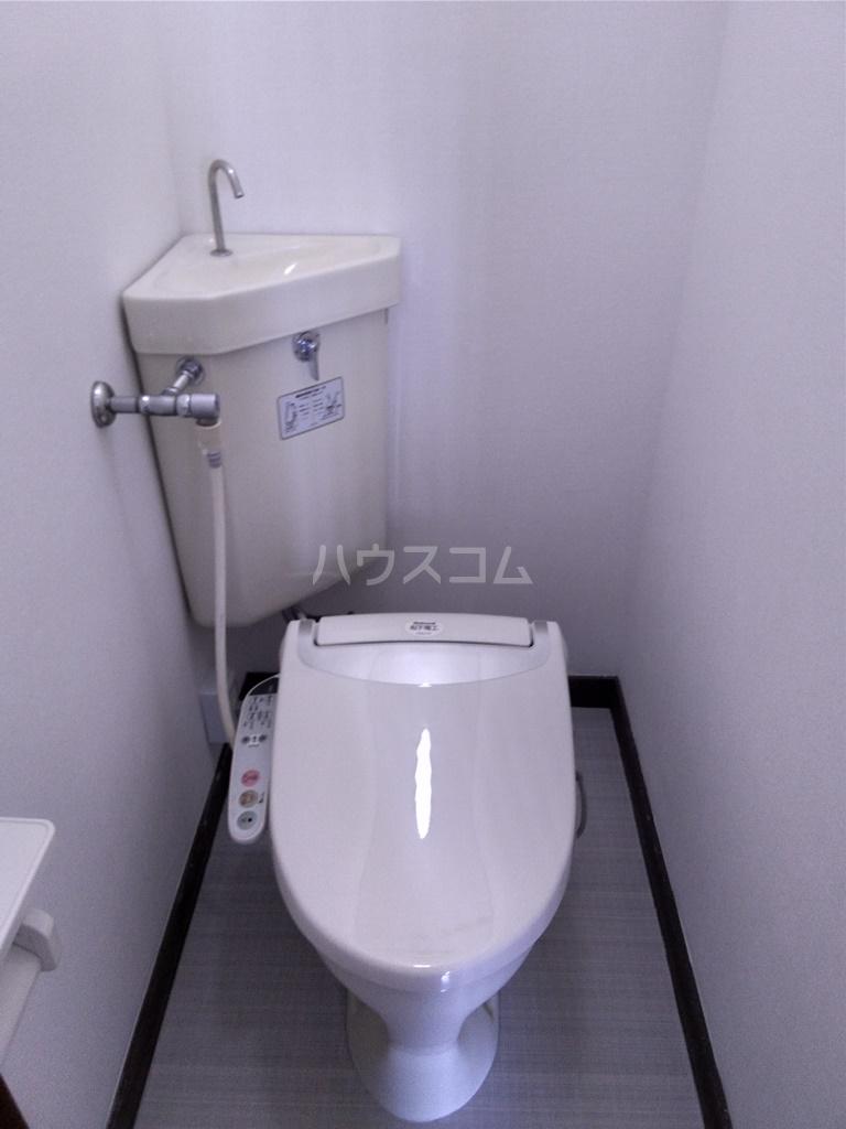 白河ハイツ 501号室のトイレ