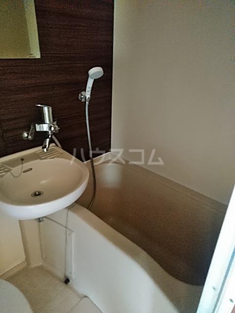 ウェステール栄 102号室の風呂