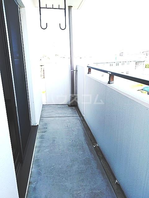 スマート・MS 301号室のバルコニー
