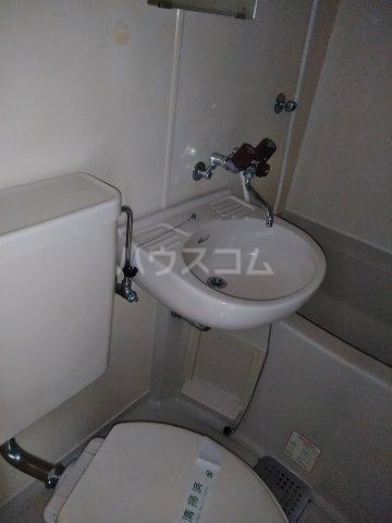 レオパレス21東八丁第3 201号室のトイレ