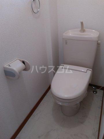 ブロードタウン神野Ⅱ C 103号室のトイレ