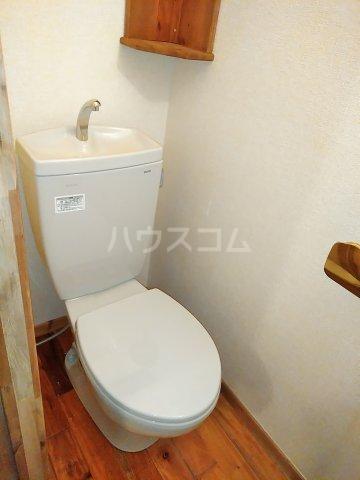 セザンヌ小坂井 106号室のトイレ