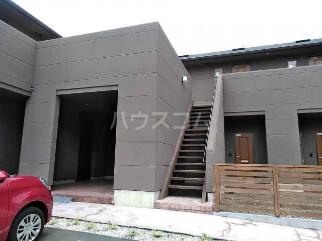セザンヌ小坂井 106号室のエントランス