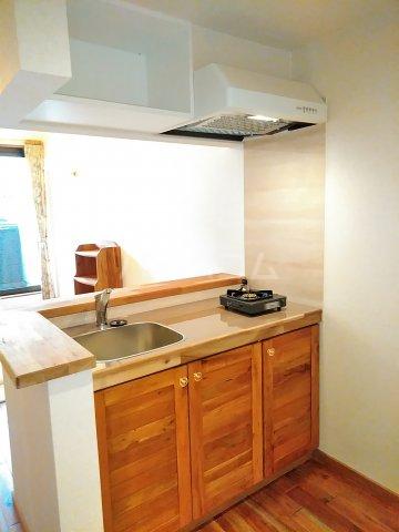 セザンヌ小坂井 203号室のキッチン