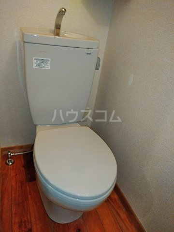 セザンヌ小坂井 203号室のトイレ