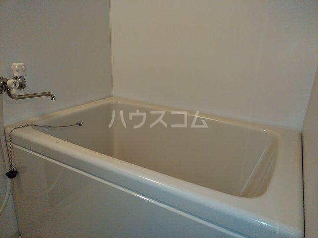 セザンヌ小坂井 203号室の風呂