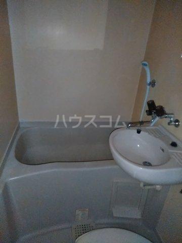 セザンヌP2 204号室の風呂