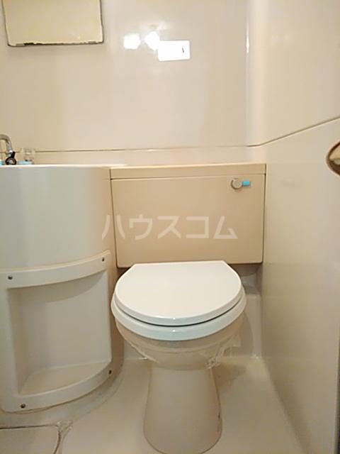 ハイシティ弥生 305号室のトイレ